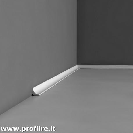 battiscopa bianco in polimero poliuretano sagomato Monza