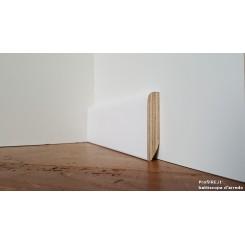 battiscopa bianco largo e spesso in legno impiallacciato tondo laccato mm70x15