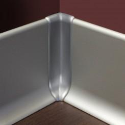 angolo interno battiscopa alluminio mm70