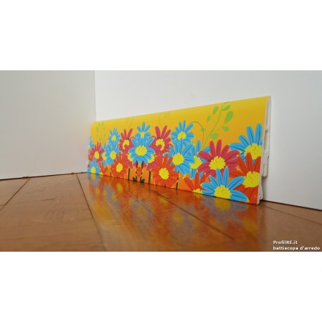 battiscopa in pvc idrorepellente decoro fiori colorati