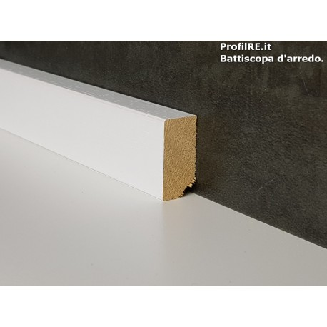 battiscopa in legno basso massello bordo quadro bianco mm30x15