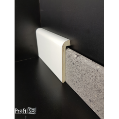 coprizoccolo coprimarmo in legno laccato bianco mm96x19 ral 9010 (1)