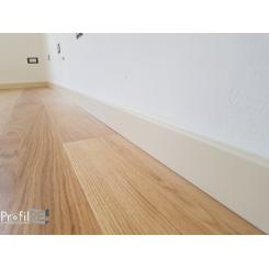 Battiscopa in vero legno laminato bianco ral 1013