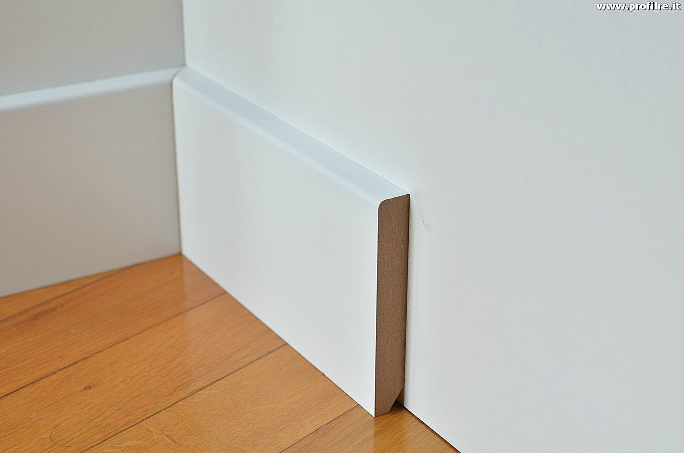 Battiscopa zoccolino in mdf bianco bordo quadro mm80x13 - Battiscopa in legno ikea ...