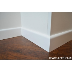 battiscopa bianco laccato in legno impiallacciato bordo tondo mm 80 x mm 13