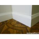 battiscopa in legno massello modanato Genova laccato bianco alto 14 centimetri