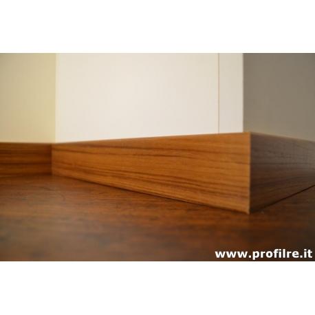 battiscopa in teak legno moderno con bordo squadrato basso mm50x10