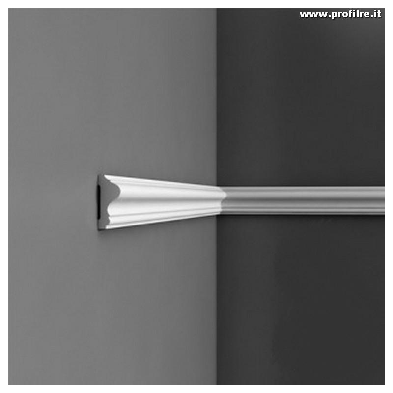 Boiserie bianca cornice profilo da parete mm60 x mm25 for Cornici muro