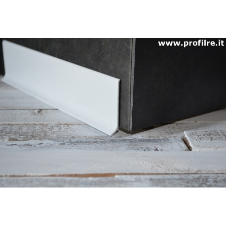 battiscopa basso in alluminio bianco alto 6 centimetri